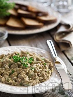 Арабска салата / разядка Баба Гануш - ливанско предястие с патладжан, чесън и сусамов тахан - снимка на рецептата